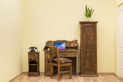 Antikolt fenyő dolgozószoba bútorok